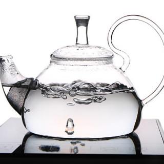 Víz a teához (Fotó: Taotealeaf.com)