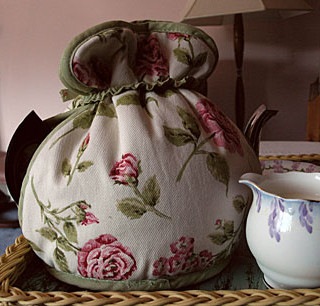 Tea_cosy_rose
