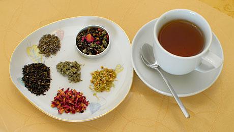 Saját teakeverék készítése (Fotó: MsTea)