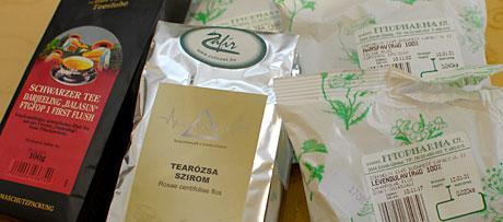 Alapanyagok teakeverék készítéséhez (Fotó: MsTea)